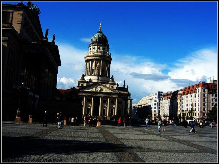 德国建筑风光 柏林广场图片