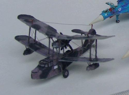 1:200海象式水上飞机纸模型