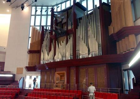 这样里格尔在中国大陆就有四台音乐会用管风琴!图片