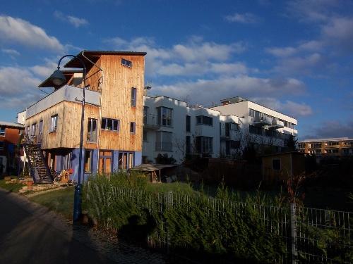 我们到达著名的魏森霍夫住宅区的时候