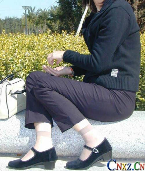 布鞋美女一带美女布鞋美图布鞋女孩穿黑布鞋的老师