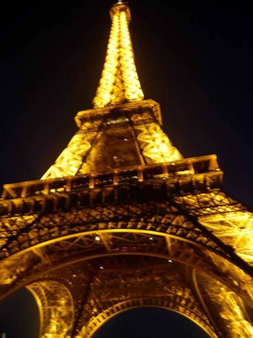 手机 壁纸 巴黎 铁塔 梦幻