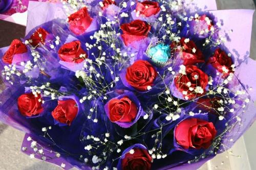 情人节来临 玫瑰花热卖